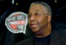 Photo of Legendary Georgetown Coach John Thompson Dies, 78