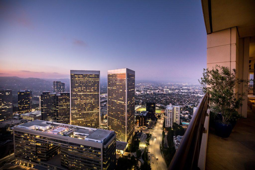 Matthew Perry's LA Penthouse On Sale!