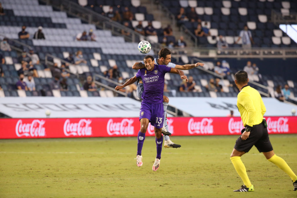 Orlando City continues unbeaten streak with 2-1 win over Sporting KC