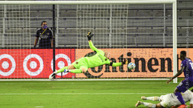 Photo of Orlando City easily handles Atlanta United 4-1
